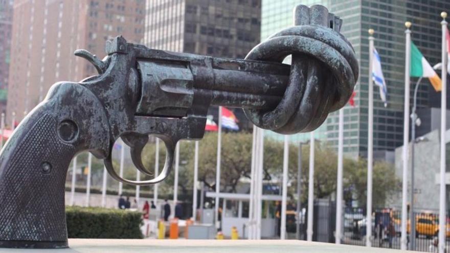 Dieciocho estados de EEUU instan a la justicia a restringir la venta de armas