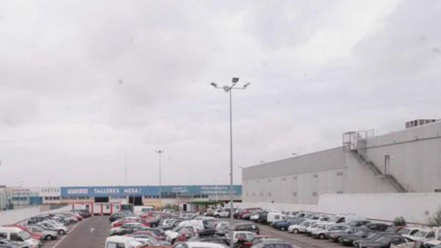 Un tribunal paraliza el nuevo servicio de grúa de Torrevieja cuando se iba a firmar