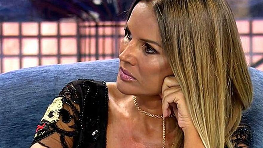 Carlos Herrera se declara a Marta López en antena