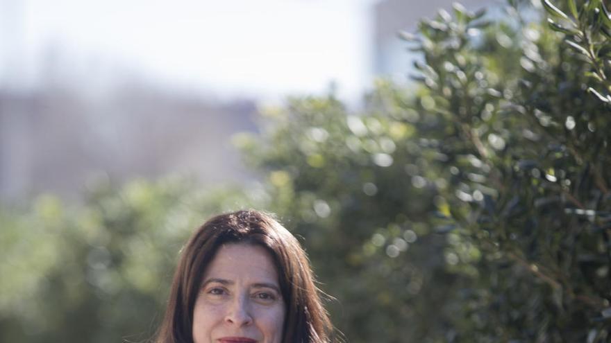"Ana Merino: ""Todo lo que nos enseñe a pensar es necesario"""