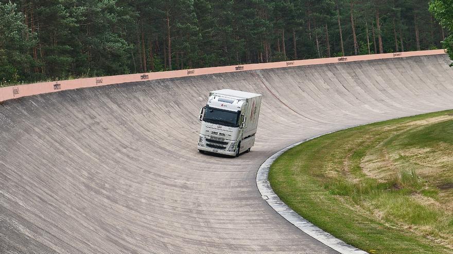 Récord Guinness: un camión eléctrico recorre 1.099 kilómetros con una sola carga