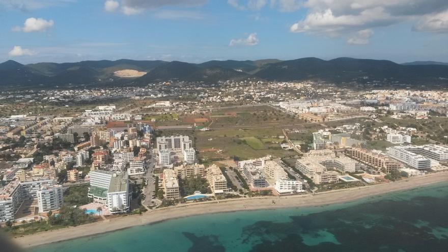 «Para los bancos, los hoteles de Ibiza ya representamos un sector de alto riesgo financiero»