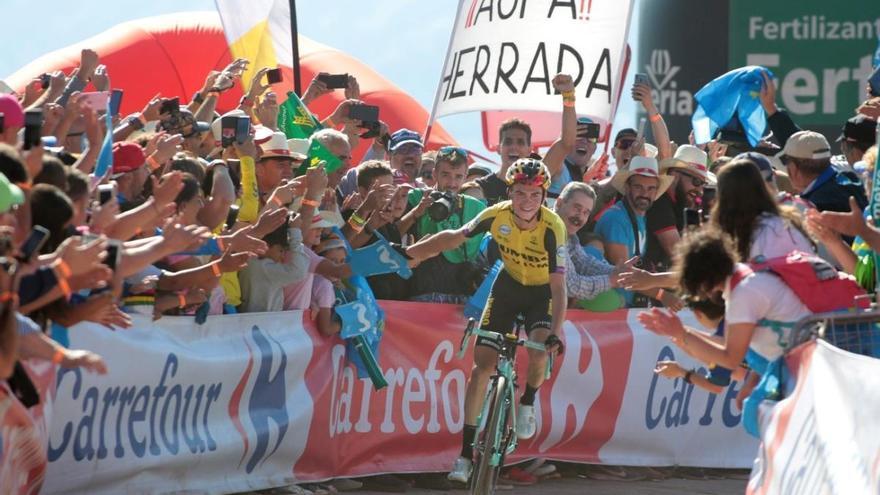Biwenger y AS organizarán el Fantasy de La Vuelta by Carrefour