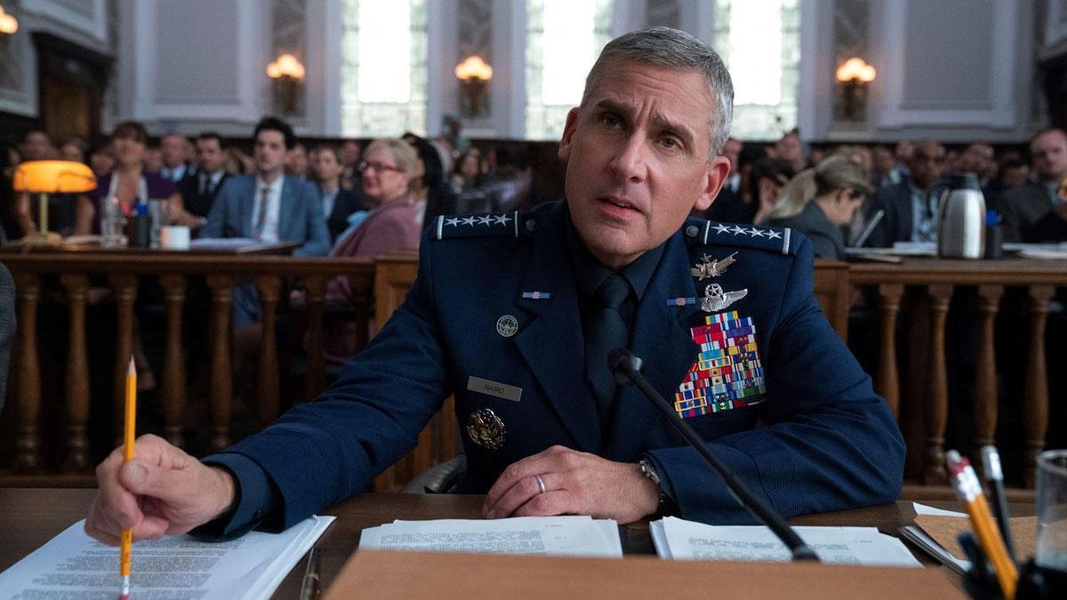 Steve Carrell en una escena de la serie 'Space Force'.