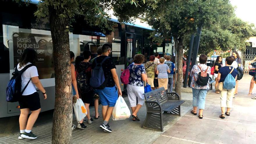 Almassora y Burriana licitan el autobús a la UJI por más de 191.000 euros