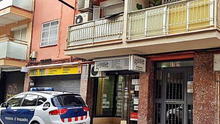 Un hombre asesina a su pareja de 36 años y se entrega a la policía en Barcelona