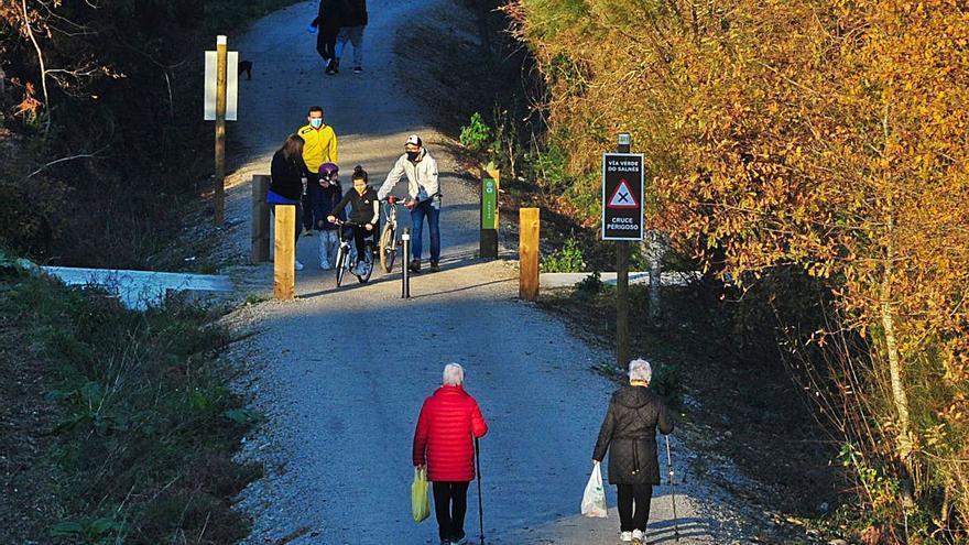 Los cierres perimetrales limitan los paseos saludables