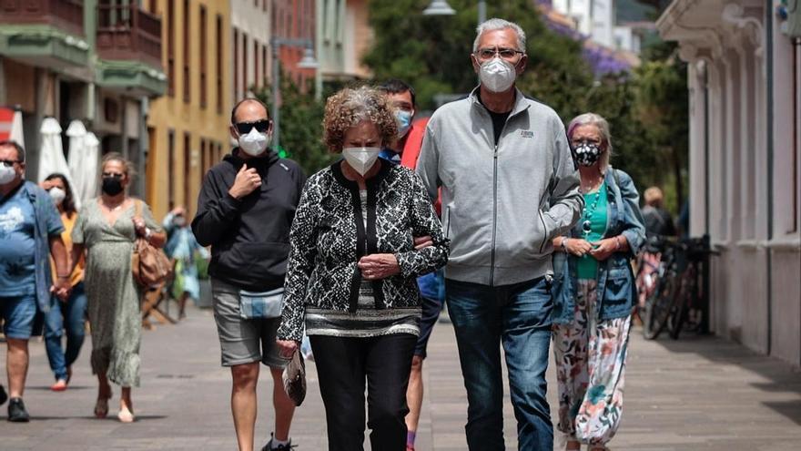 Canarias registra un fallecido y 87 casos Covid este domingo