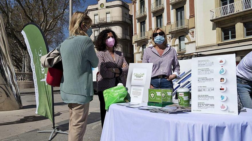 Figueres sensibilitza la població sobre la detecció precoç del càncer de colon