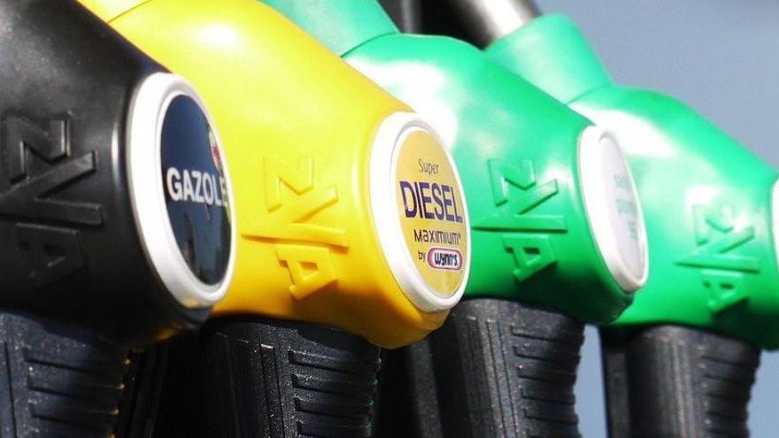 El coste de los carburantes prosigue su escalada y toca máximos del año