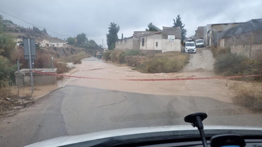 Tiempo en Murcia: Emergencias atiende una treintena de incidencias, entre ellas seis rescates, por las lluvias en la Región