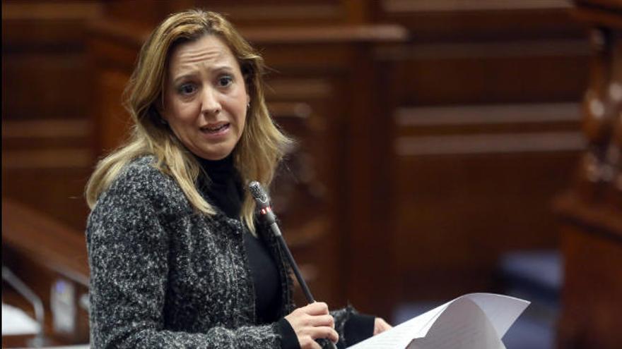 Rosa Dávila vincula la caída de la recaudación con la ralentización económica