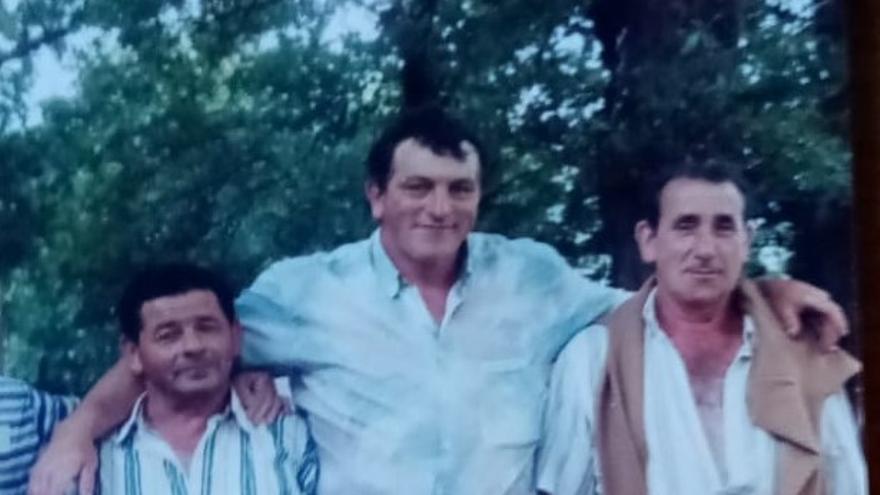 Investigan la muerte de un vecino de Catoira de 77 años cuyo cadáver apareció frente a su casa