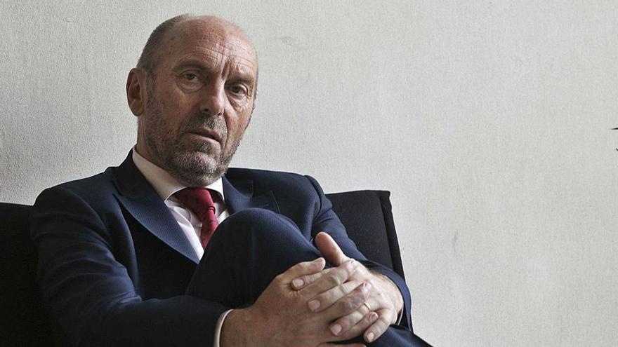 """El Ejecutivo abordará ya el problema de los interinos: """"La situación no admite esperas"""""""