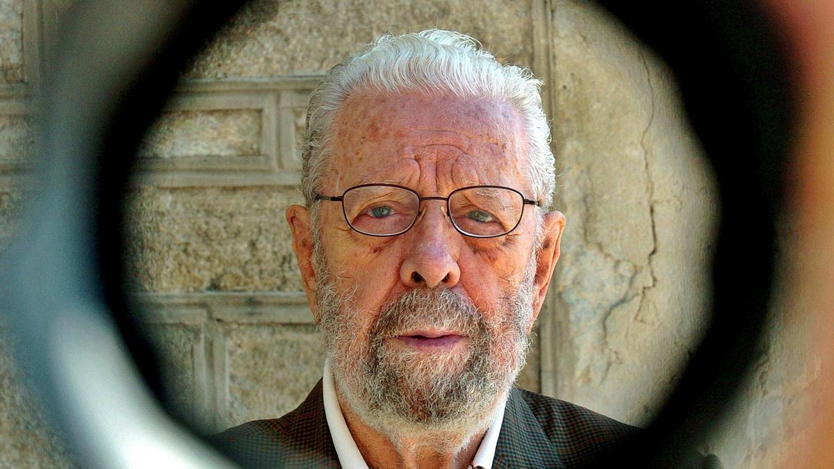 Fotografía de archivo del  cineasta Luis García  Berlanga. EFE/ESTEBAN
