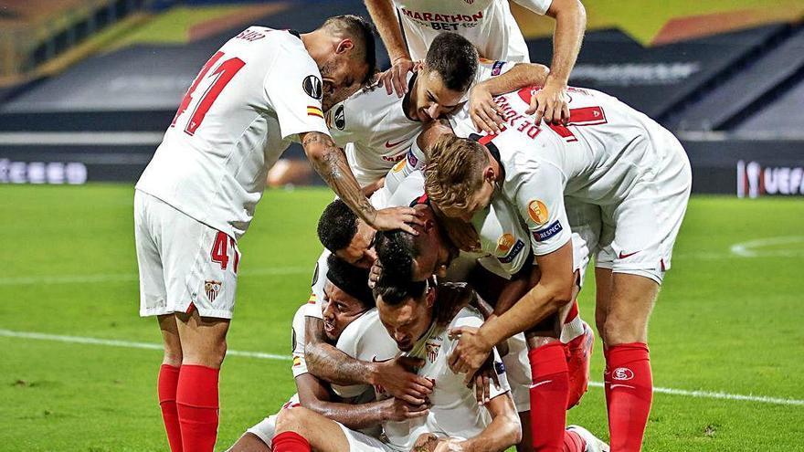 Ocampos mete al Sevilla en semis