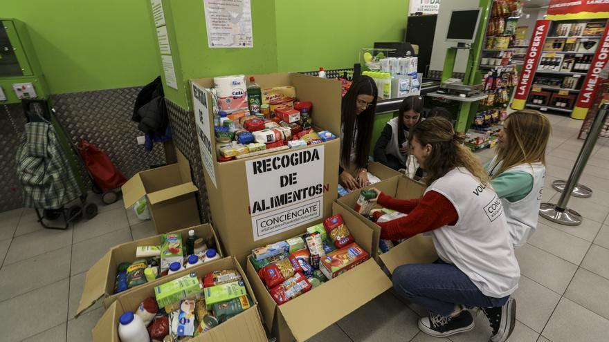 Campaña de recogida de alimentos en beneficio de Acomar