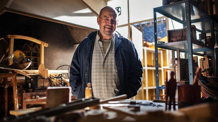 Pepe Abad, el gigante   escultor