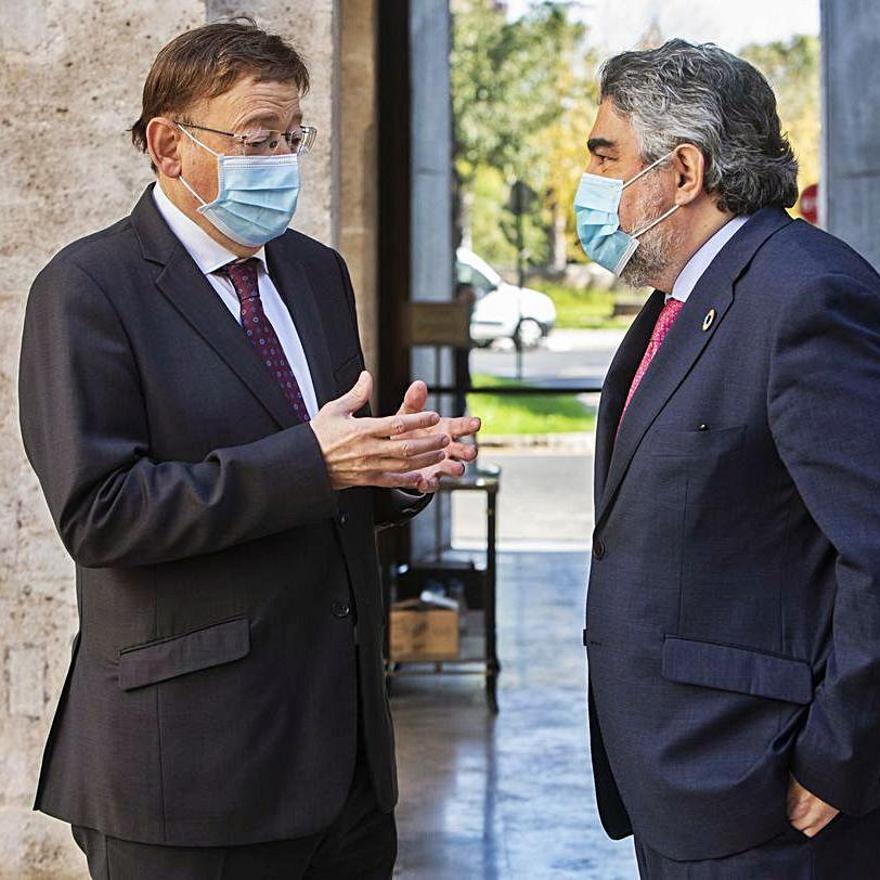 Ximo Puig y el ministro de Cultura, José Manuel Rodríguez Uribes.