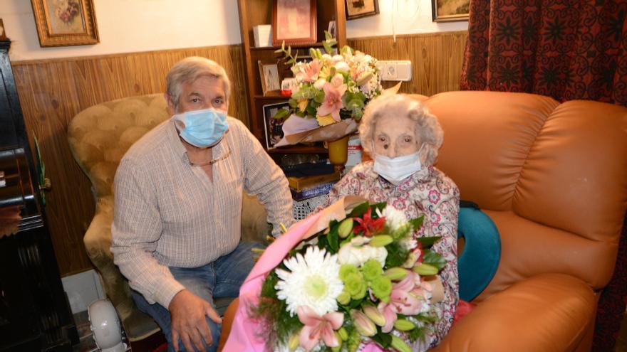 Emotivo aniversario de una centenaria 'andritxola'