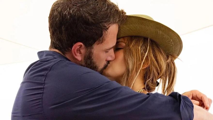 Jennifer Lopez y Ben Affleck se rinden a la pasión por segunda vez