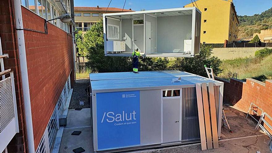 Salut instal·la a Sallent l'últim mòdul de reforç als CAP de la regió central
