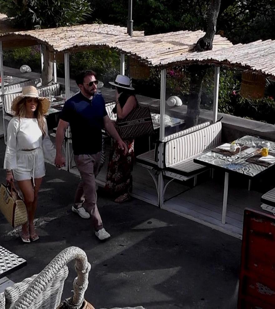 Jennifer Lopez y Ben Affleck pasean su amor por la isla de Capri