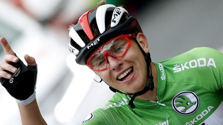 Pogacar gana en Gredos y Roglic se asegura la Vuelta