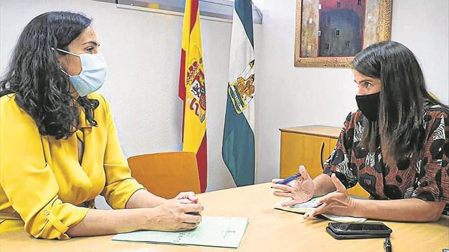 La Junta investigará si la emisión de los humos de Oleícola El Tejar son nocivos