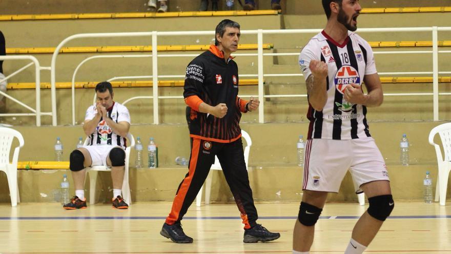 Carlos Iglesias será el técnico del CD Badajoz Extremadura