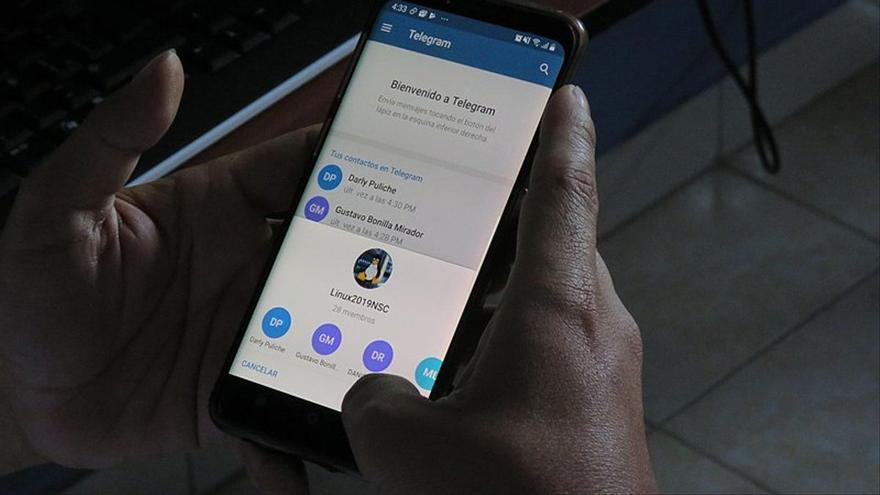 Telegram, Signal o Line, tres alternativas a la caída de Whatsapp