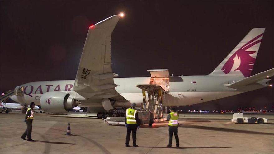 Llega a Manises el noveno vuelo con 53 toneladas más de material sanitario