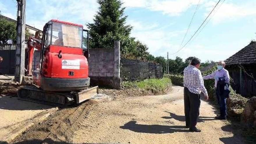 El abastecimiento de agua a 95 viviendas de Moreira, Angoares y San Mateo se ampliará este año