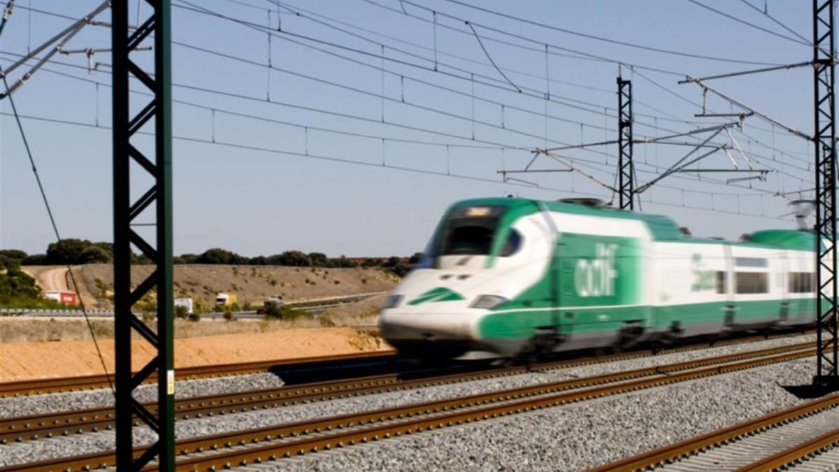Cinco fabricantes de trenes pujarán por las nuevas locomotoras de AVE, algunas destinadas a Extremadura