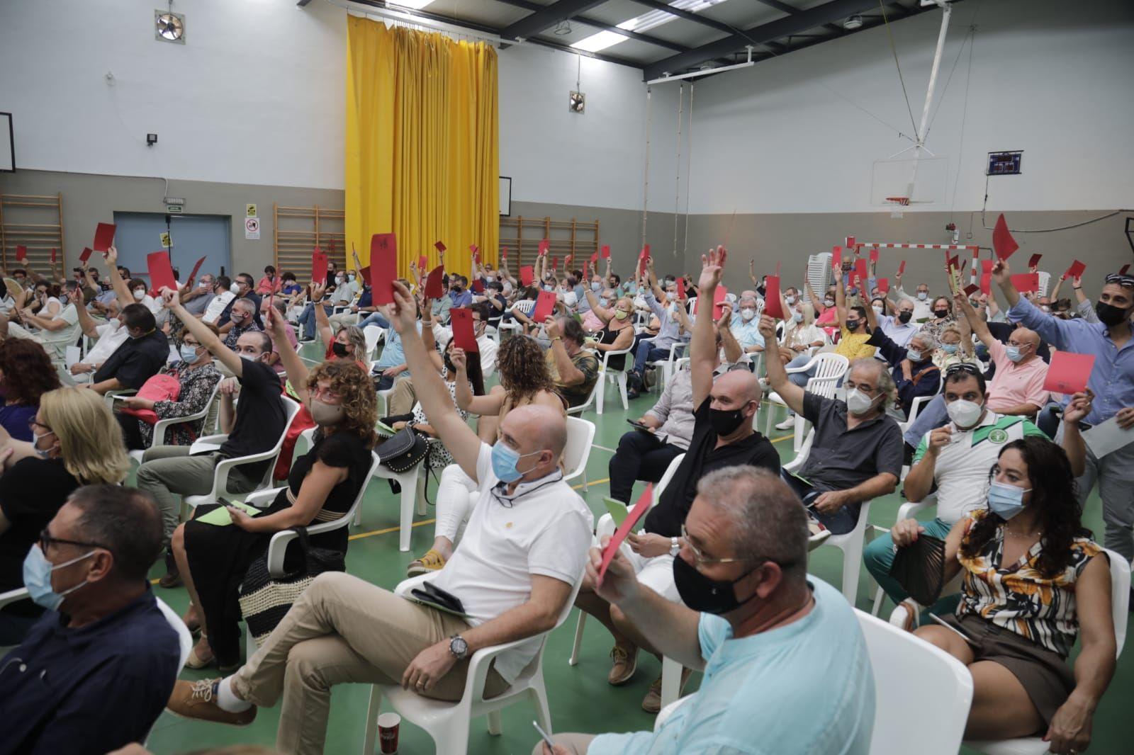 El 'melianista' Tolo Gili gana el congreso de El Pi con el 56,7% de los votos