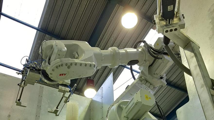 Un robot logra recuperar 2,3 toneladas de plástico en la Vall d'Uixó