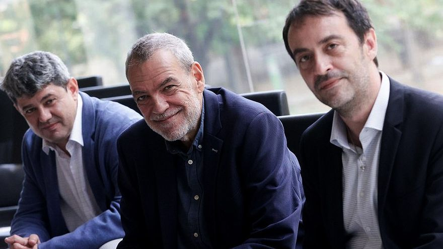 ¿Es lícito que tres autores se hayan escondido tras Carmen Mola?
