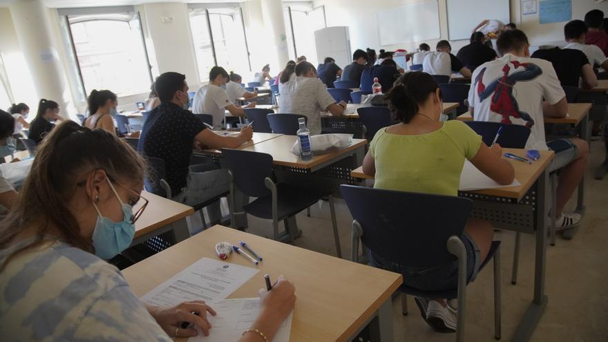 Los universitarios de Castilla y León optan a 243 becas para el estudio de una segunda lengua