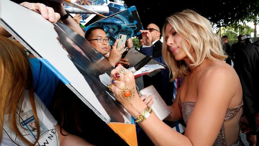 Scarlett Johansson protagonizará la película de Disney sobre la Torre del Terror