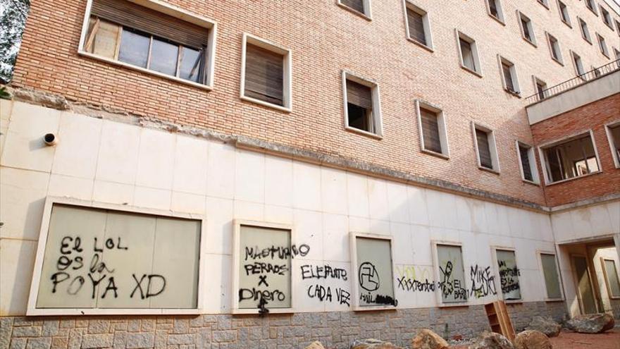 La Policía Nacional investiga los actos vandálicos en el edificio La Aduana