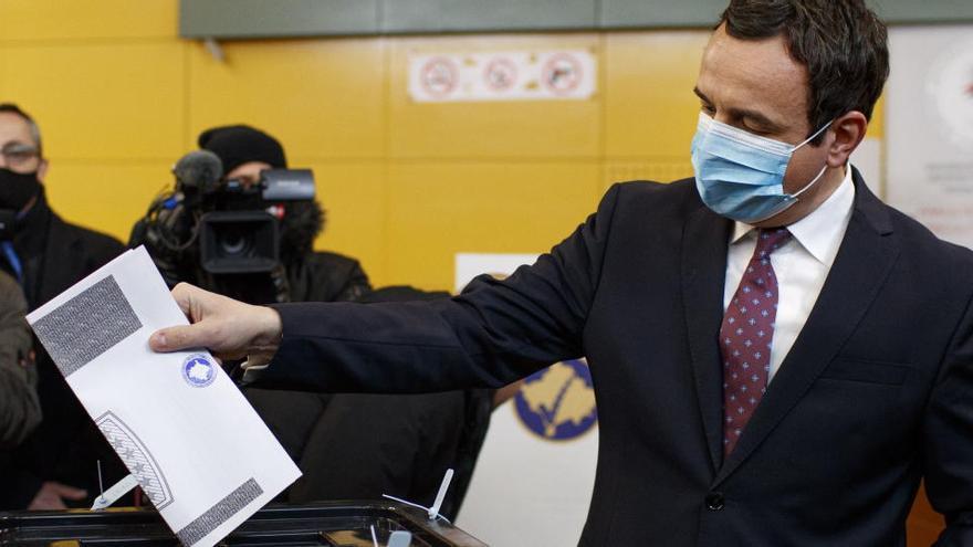 Los ultranacionalistas ganan las elecciones en Kosovo, según los sondeos a pie de urna