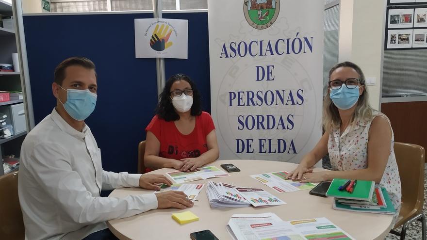 El Ayuntamiento de Elda presenta los Presupuestos Participativos a la Asociación de Personas Sordas
