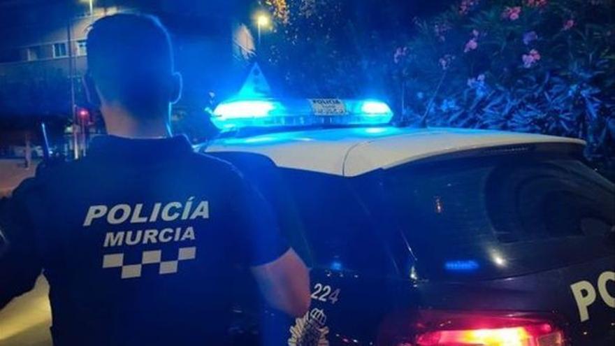 Detenida en Murcia una mujer por atacar a su novio armada con un cuchillo delante de sus dos hijas