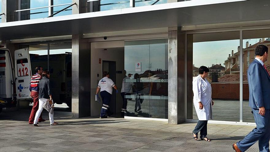 Tres heridos en un aparatoso accidente en Villaveza del Agua