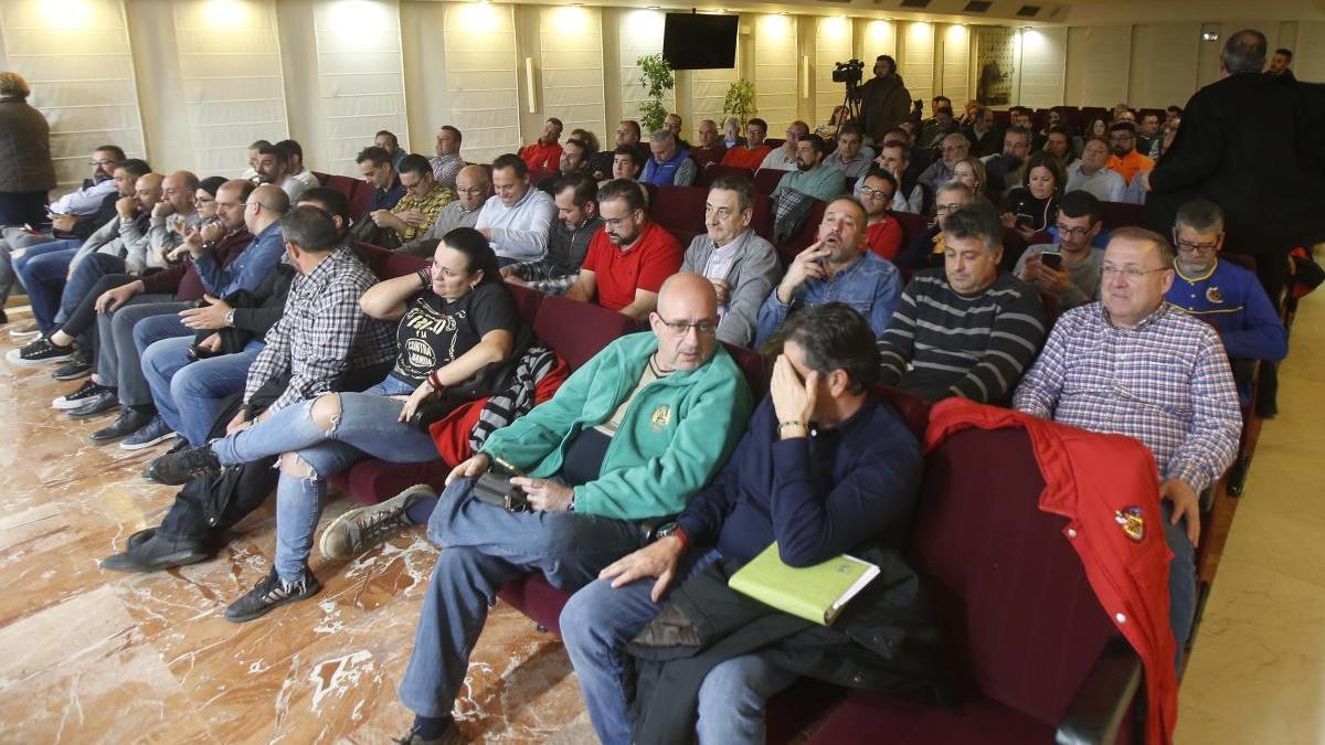 La JLF aborda con las fallas de Alzira la suspensión de las fiestas de 2020