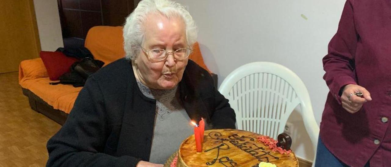 Hambre, estraperlo  y confinamiento  de una centenaria