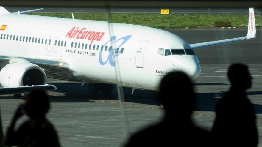 Air Europa refuerza con 40 vuelos las conexiones con la Península esta Navidad