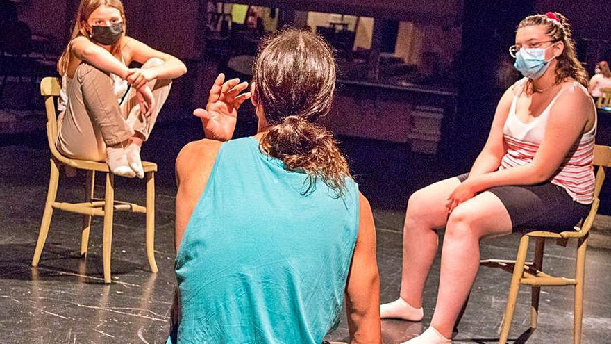 L'Aula de Teatre Figueres obre una nova etapa amb una imatge renovada