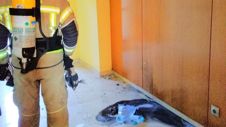 Alarma en Oleiros por una bomba casera que fabricaron unos jóvenes