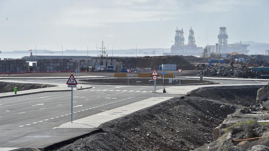 El Puerto avanza en la urbanización de La Esfinge para mejorar su operatividad